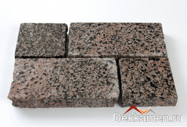 Брусчатка из натурального камня Гранит Карелия Браун, 200*100*30